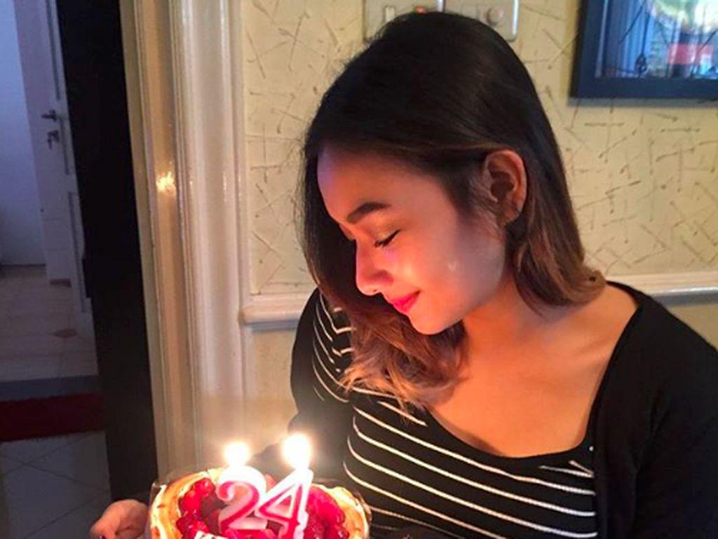 10 Bukti Adzana, Putri Adi Bing Slamet, Hobi Makan Pizza dan Gelato