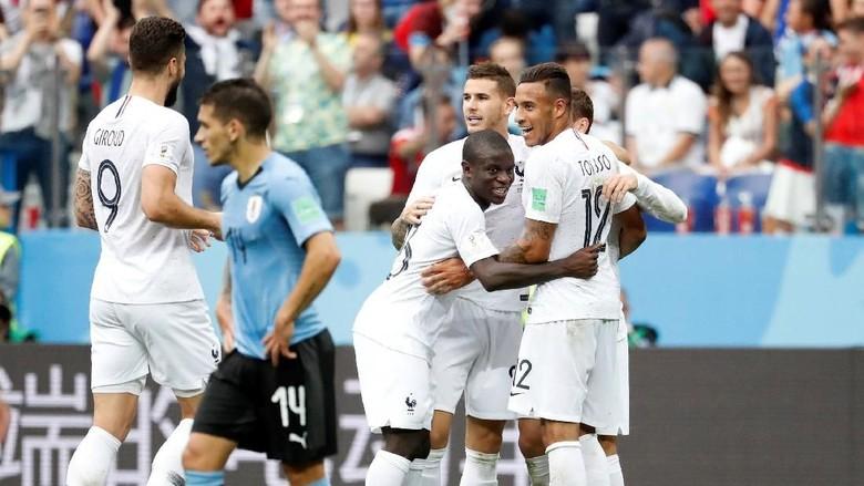 Kalahkan Uruguay 2-0, Prancis Melangkah ke Semifinal