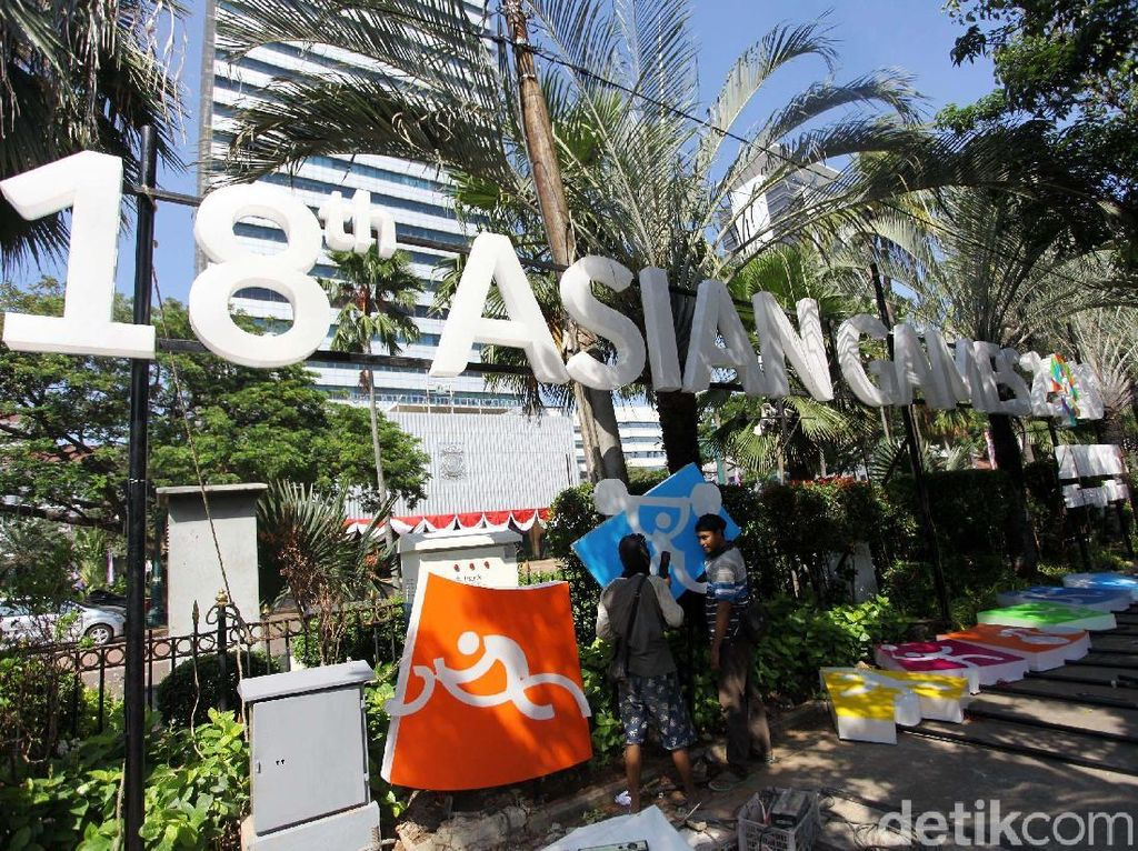 Balai Kota DKI Bersolek Sambut Asian Games