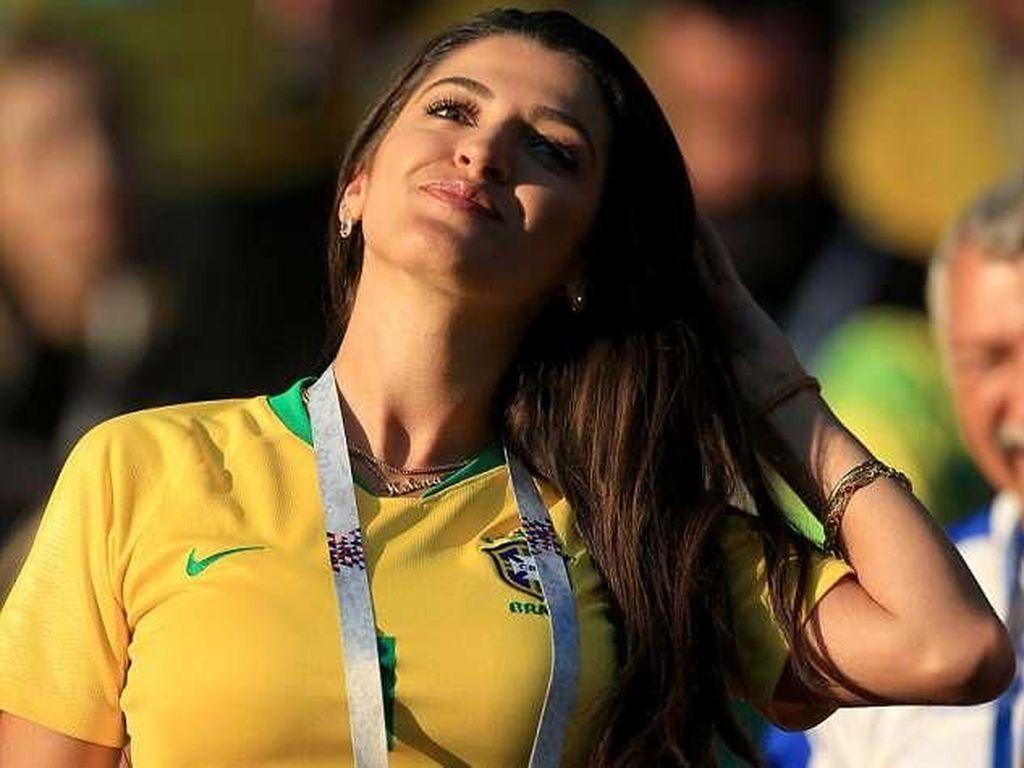 Adu Cantik WAGs Brasil vs Belgia