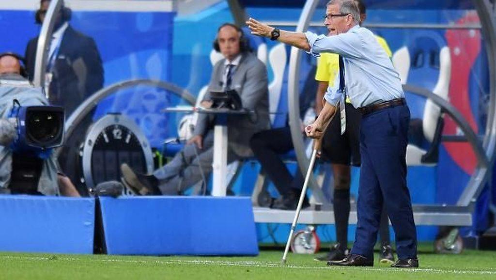Oscar Tabarez, Pelatih dengan Penyakit Langka di Piala Dunia 2018