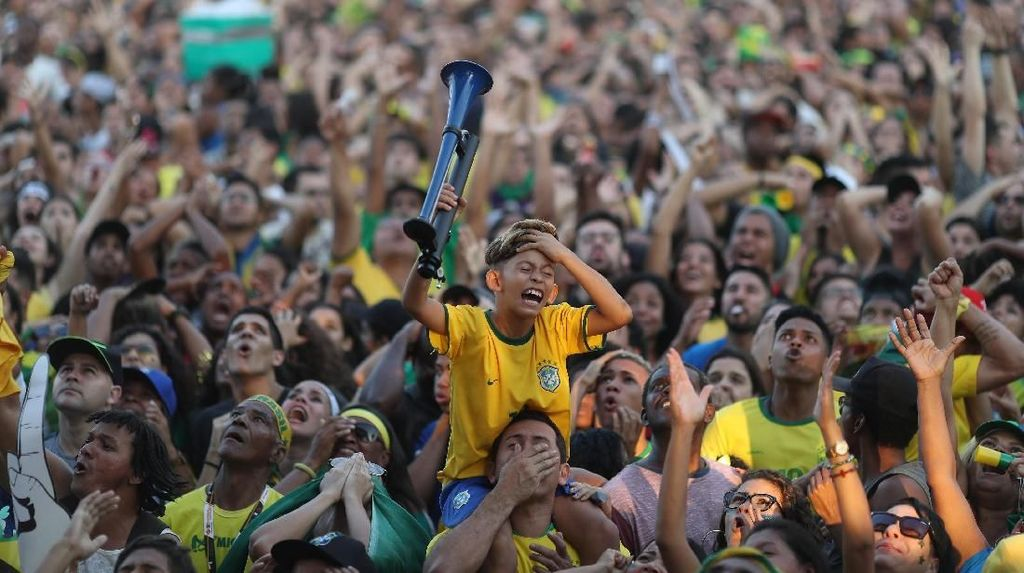 Video: Brasil Didepak Belgia, Tite Bicara Soal Dukungan Fans