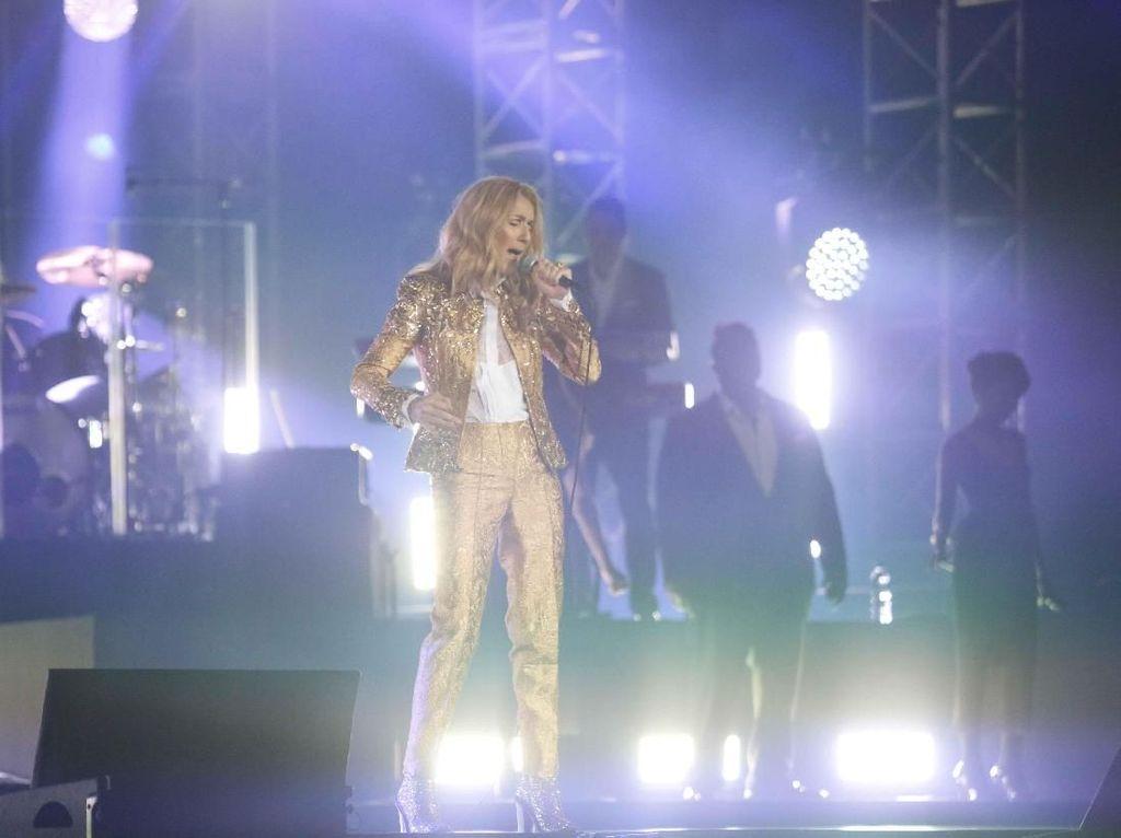 Celine Dion Bawakan Penghormatan untuk Prince di Indonesia