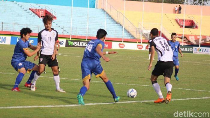 Timnas Thailand vs Filipina di Piala AFF U-19. (Foto: Suparno/detikcom)