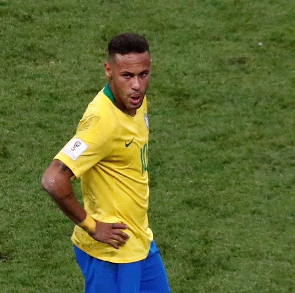 Neymar Akan Bertahan di PSG