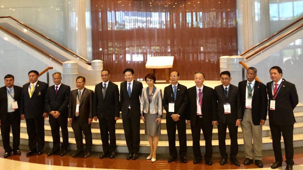 Gaya Anies di Forum Gubernur se-ASEAN di Singapura