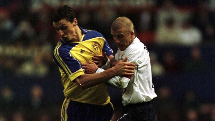 Taruhan Zlatan Ibrahimovic dan David Beckham untuk Swedia vs Inggris (Foto: Alex Livesey/ALLSPORT)