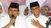 Anies Unggah Foto Prabowo, Ucapkan Selamat Ultah ke-70