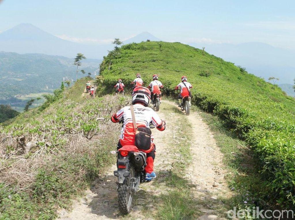 Ribuan Biker Honda Trabasan di 25 Wilayah Tanah Air