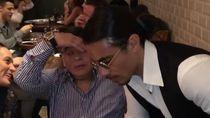 Ini Aksi Kocak Maradona Taburkan Garam ala Salt Bae Bersama Chef Nusret Gokce
