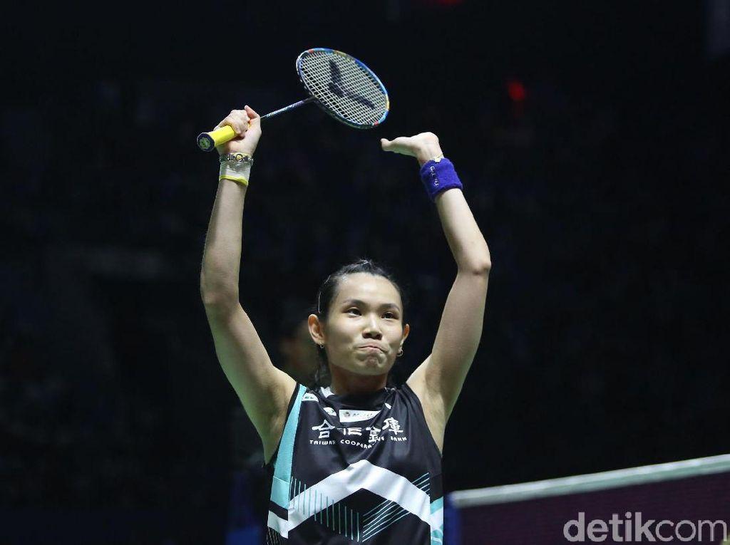 Unggulan Pertama Tunggal dan Ganda Putri Melaju ke Perempatfinal Indonesia Open