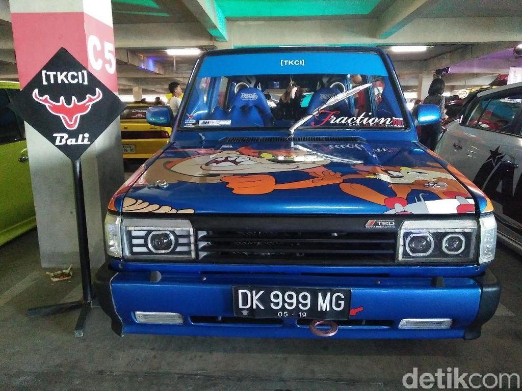 Blue Dog, Toyota Kijang Tua Rasa Muda