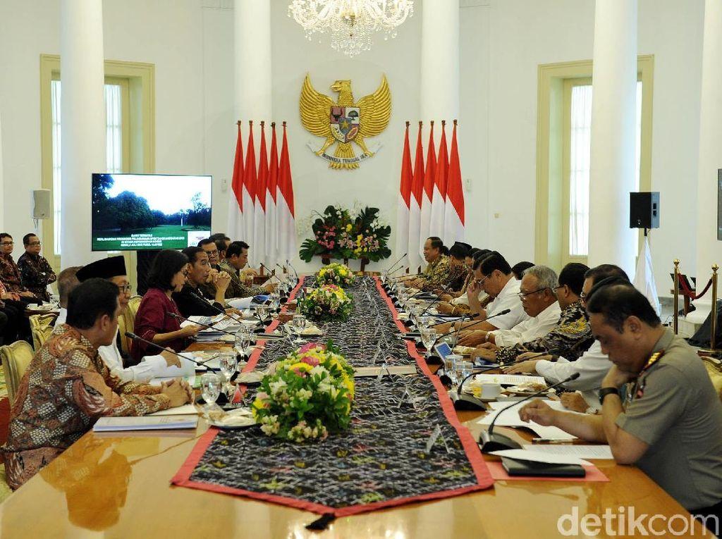 Jokowi Susun Strategi Tangkis Ancaman Perang Dagang Trump