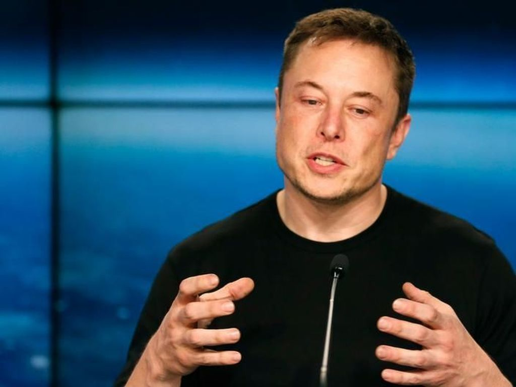 Elon Musk Diminta Fokus Urus Tesla