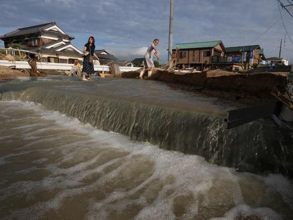 Korban Tewas Akibat Banjir di Jepang Nyaris 100 Orang, 58 Hilang