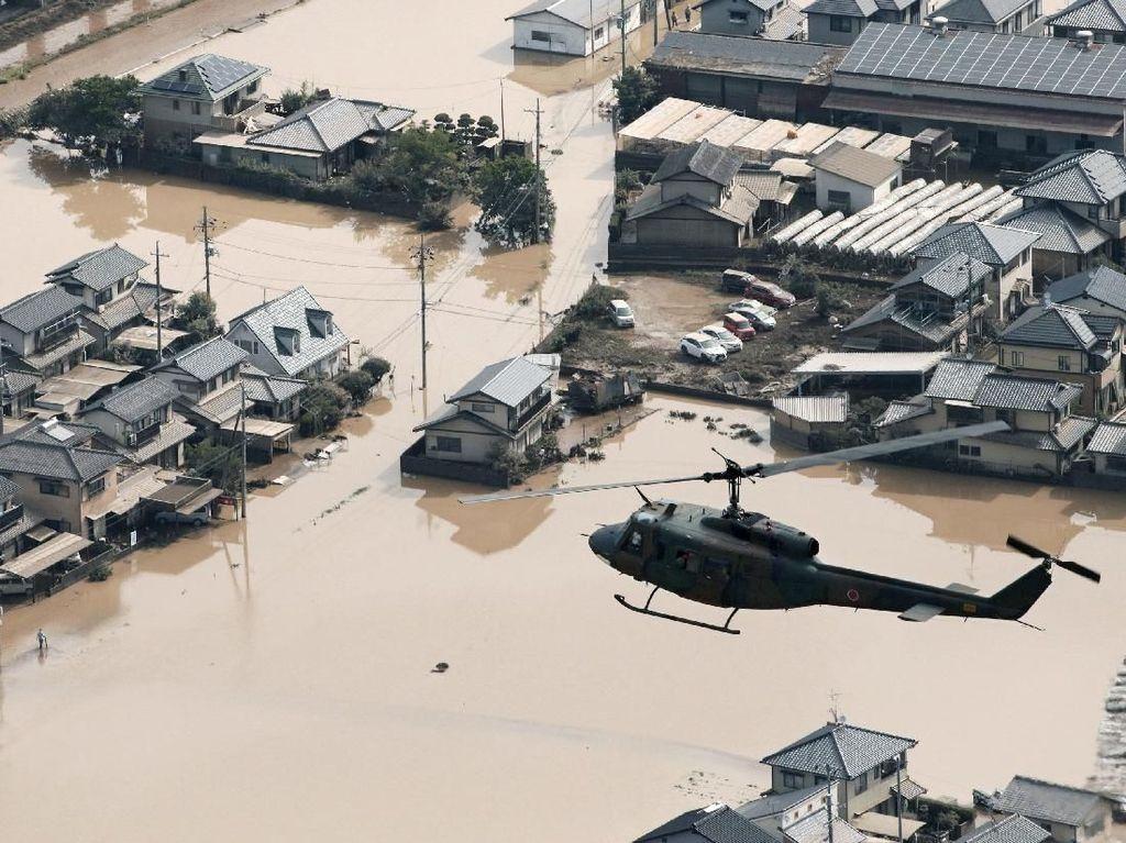 Banjir Jepang Tewaskan 110 Orang, PM Abe Batal ke Luar Negeri