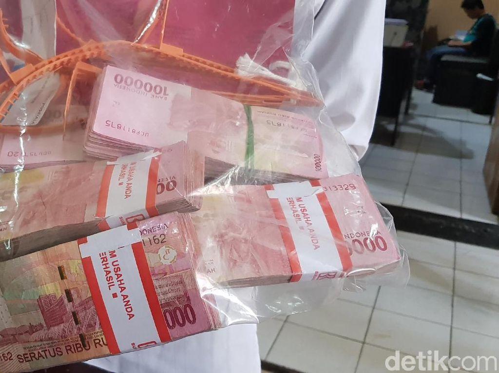 Ini Motif Pegawai Pos Bawa Kabur Duit Rp 100 Juta