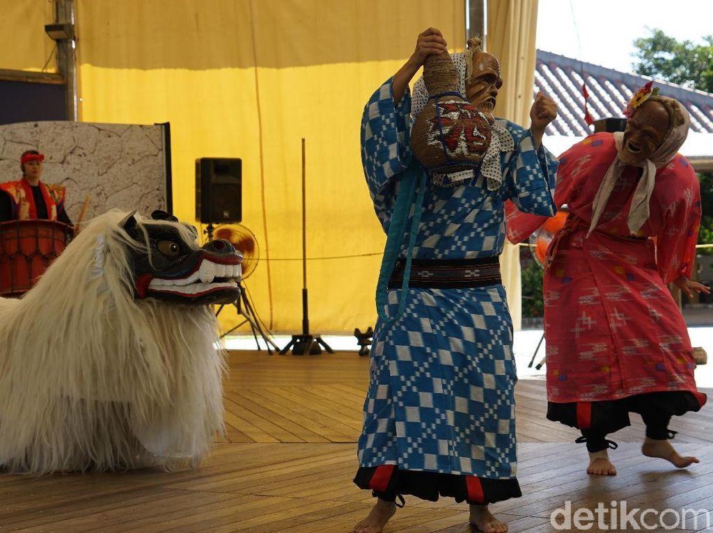 Ada Dagelan Mirip Ketoprak di Tari Tradisional Jepang Ini