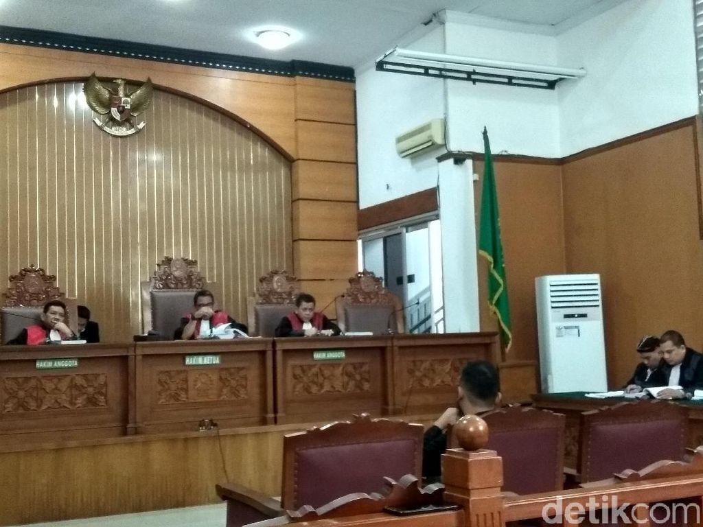 Di Sidang, Admin Twitter Jelaskan Proses Cuitan Ahmad Dhani