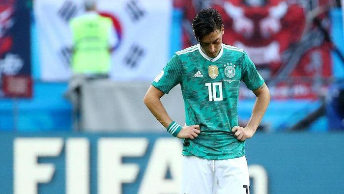 Mesut Oezil saat masih mengenakan seragam timnas Jerman. (Foto: Michael Dalder /Reuters)
