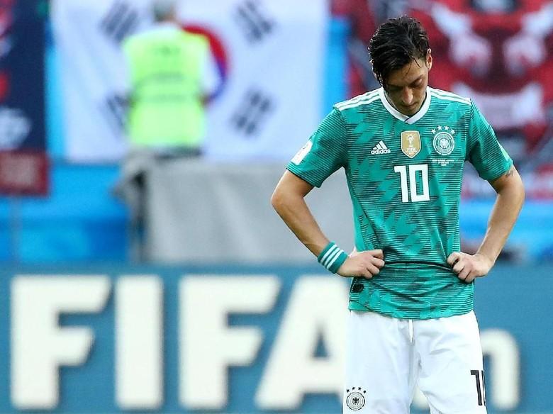 Wenger Ungkap Penyebab Oezil Redup di Piala Dunia 2018
