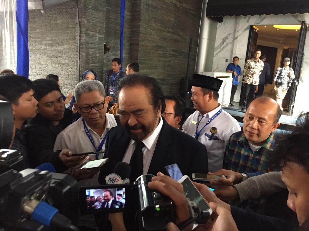 Paloh: Tak Ada Salahnya Samad Masuk Nominasi Cawapres Jokowi