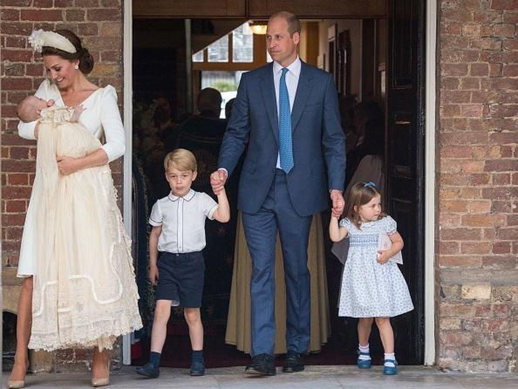 Mengintip Suasana Pembaptisan Pangeran Louis