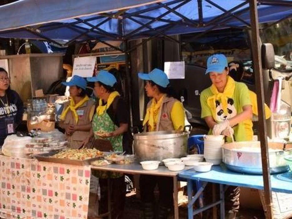 Kisah Menyentuh Relawan Demi Selamatkan Remaja di Gua Thailand