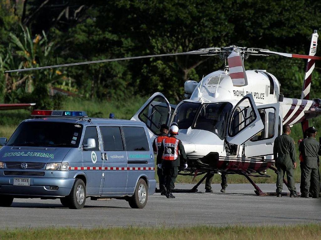Tim Penyelamat Kembali Lakukan Evakuasi Korban di Gua Thailand