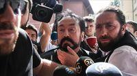 Ditangkap Polisi, Harun Yahya dan Pengikut Dituduh Lakukan Ini