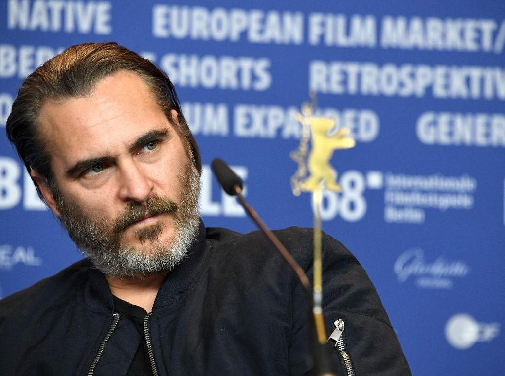 Joaquin Phoenix Terbuka untuk Peran Joker 2