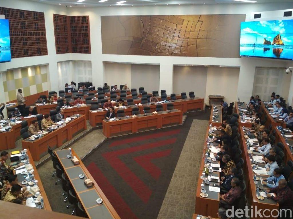 DPR Panggil Sri Mulyani hingga Gubernur BI Bahas RAPBN 2019