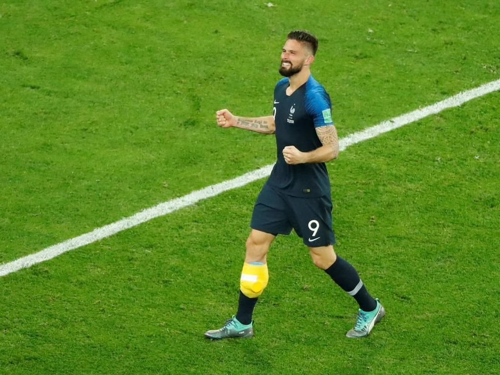 Giroud Penuhi Impian Masa Kecil