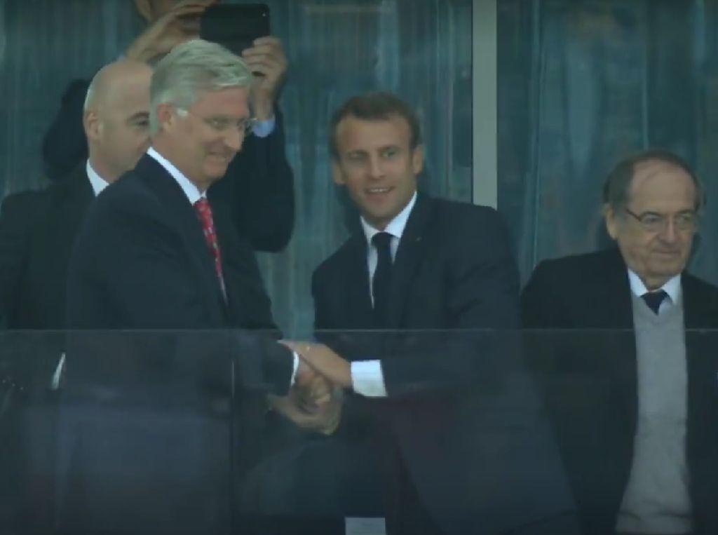 Prancis Cetak 1 Angka atas Belgia, Macron Tersenyum Lebar