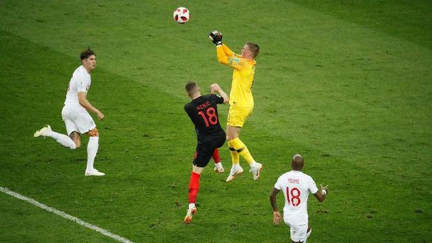 Kroasia hanya satu kali menguasai bola di dalam kotak penalti Inggris.