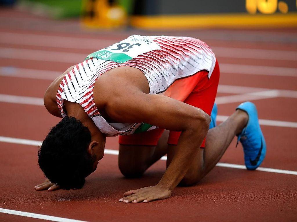 Lalu Juara Dunia, Bob Hasan Siapkan Bonus dan Minta Jangan Puji Berlebihan