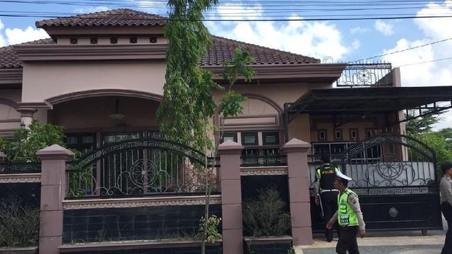 Rumah Mewah Koruptor di Pekanbaru Dirampok, Brankas Diangkut