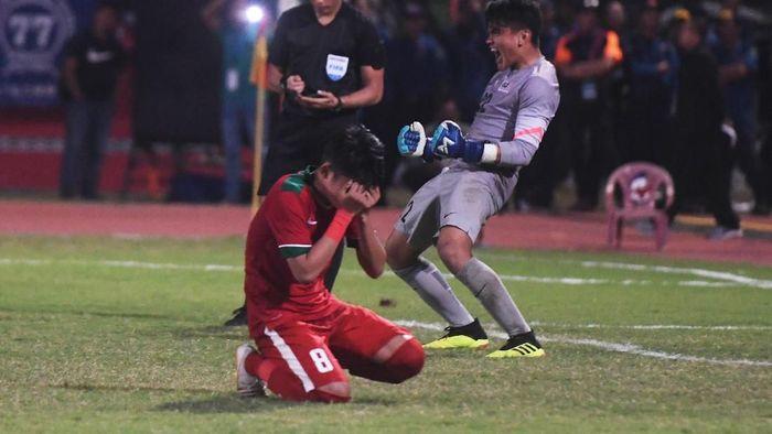 Timnas Indonesia U-19 kalah adu penalti dari Malaysia di semifinal Piala AFF U-19 2018 (Foto: Zabur Karuru/Antara Foto)