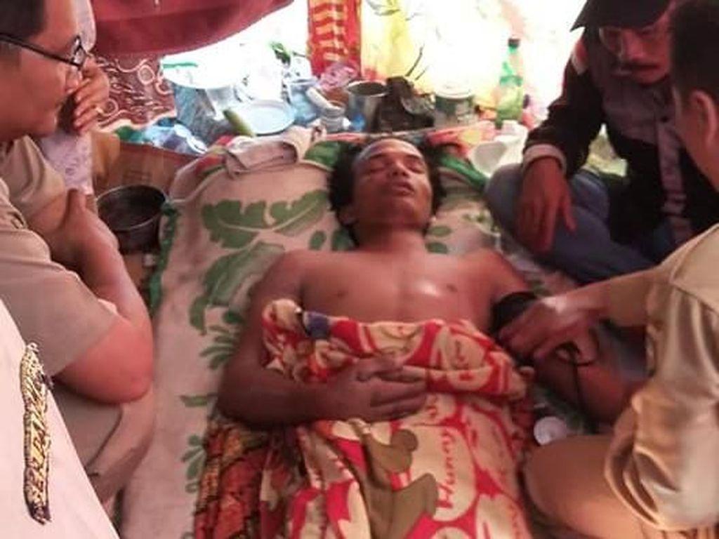 Rizky Korban King Cobra Dimakamkan Usai Guru Spiritual Datang