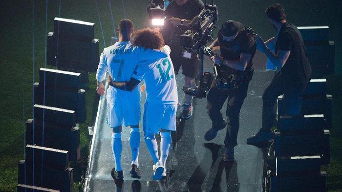 Bek Real Madrid Marcelo mengirim salam perpisahan untuk Cristiano Ronaldo yang pindah ke Juventus (Foto: Denis Doyle/Getty Images)