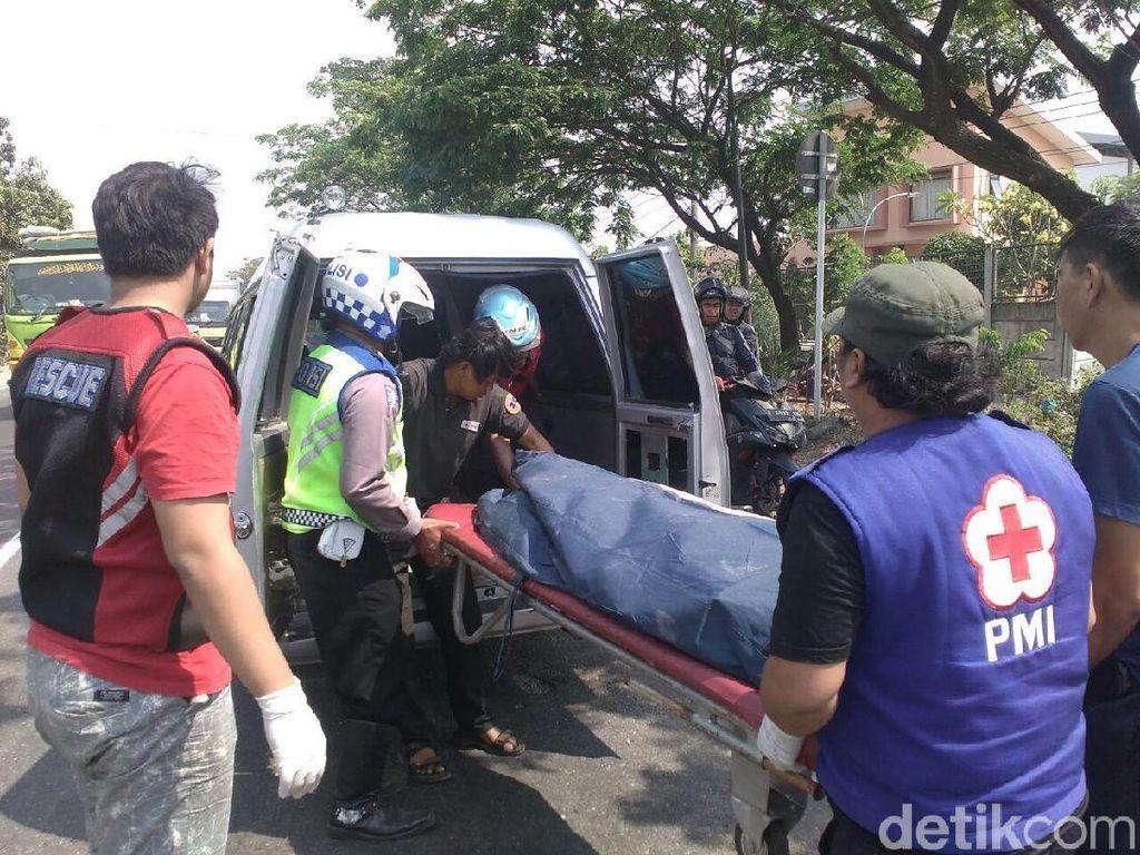 Bawa Pesanan Pelanggan, Driver Gojek Tewas Tertabrak Mobdin Kemenkes