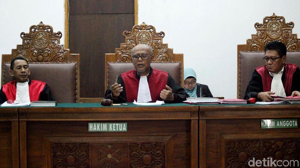 Aa Gatot Divonis 1 Tahun Penjara
