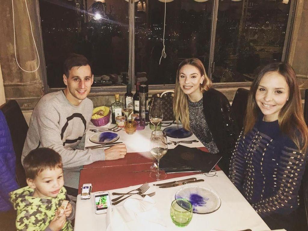 10 Potret Nikola Kalinic, Striker Kroasia yang Ternyata Foodies
