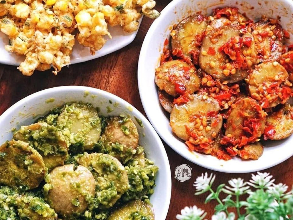 Makan Siang Mantap Pakai Jengkol Mercon dan Cabe Ijo yang Pedas