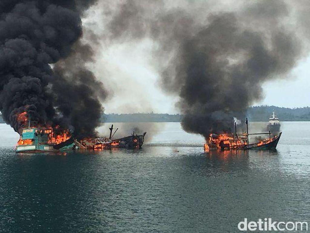 Susi Diserang (Lagi) soal Penenggelaman Kapal