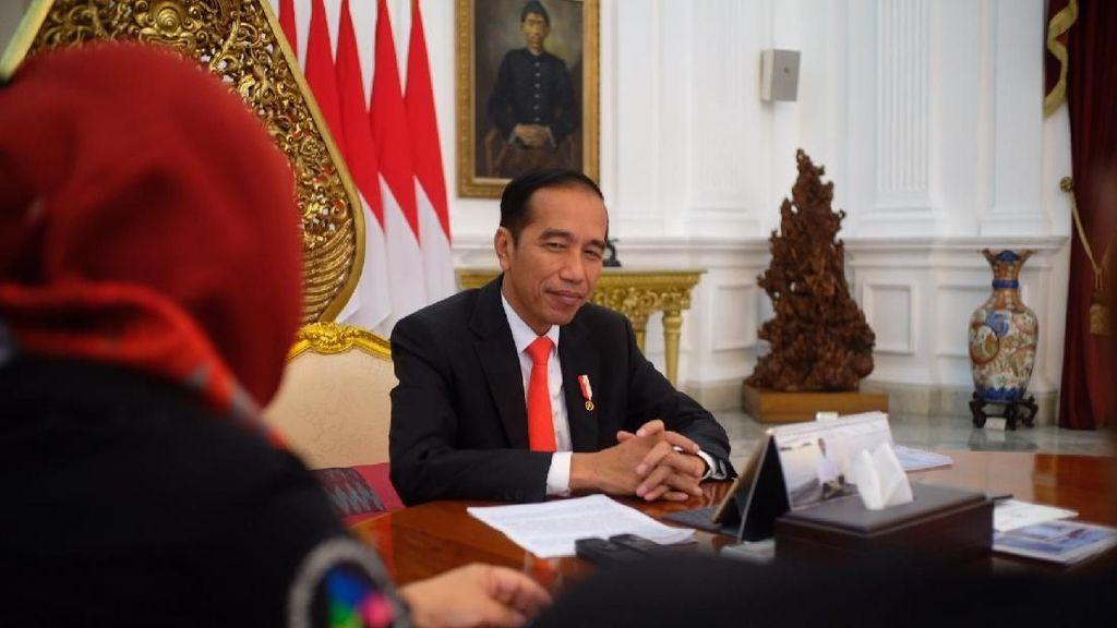 Jokowi Jawab Serangan Prabowo-Amien soal Freeport