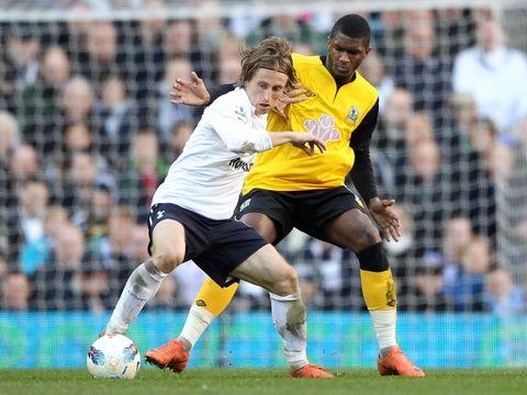 Luka Modric sewaktu berseragam Tottenham Hotspur