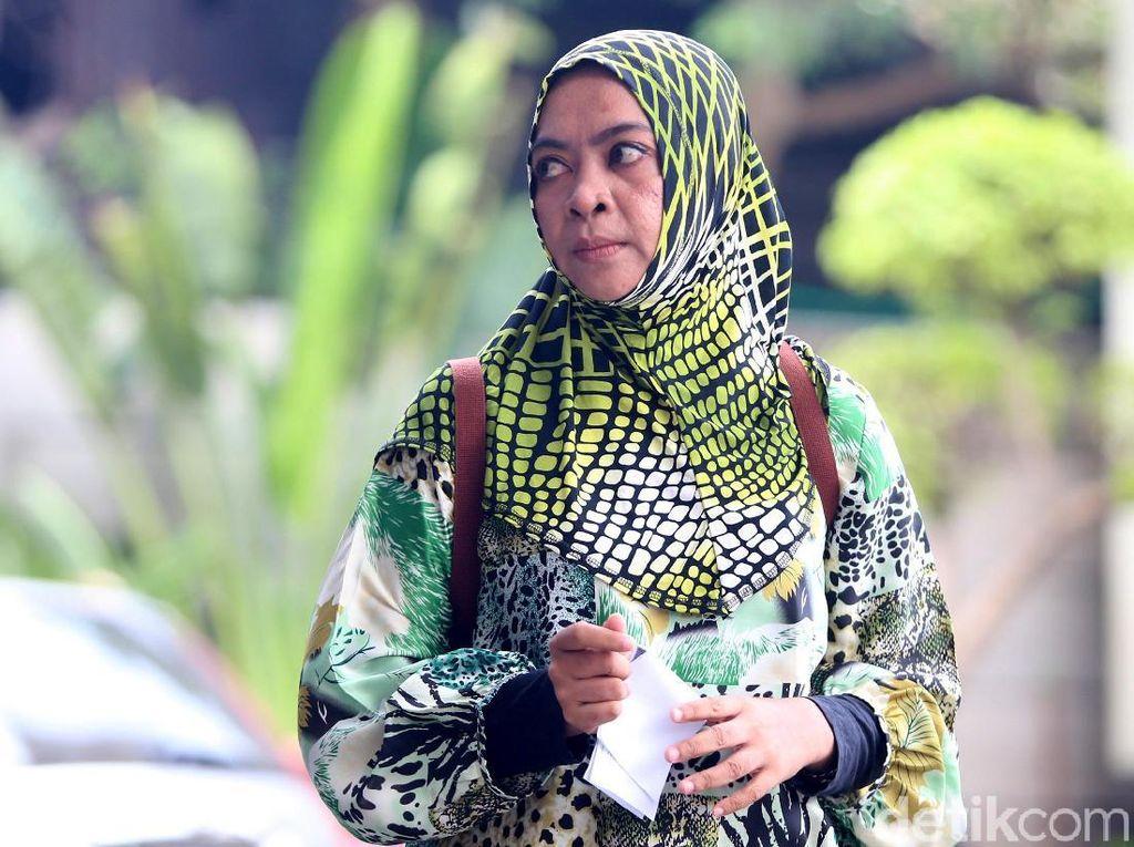 Eks Anggota DPR Wa Ode Nurhayati Diperiksa KPK