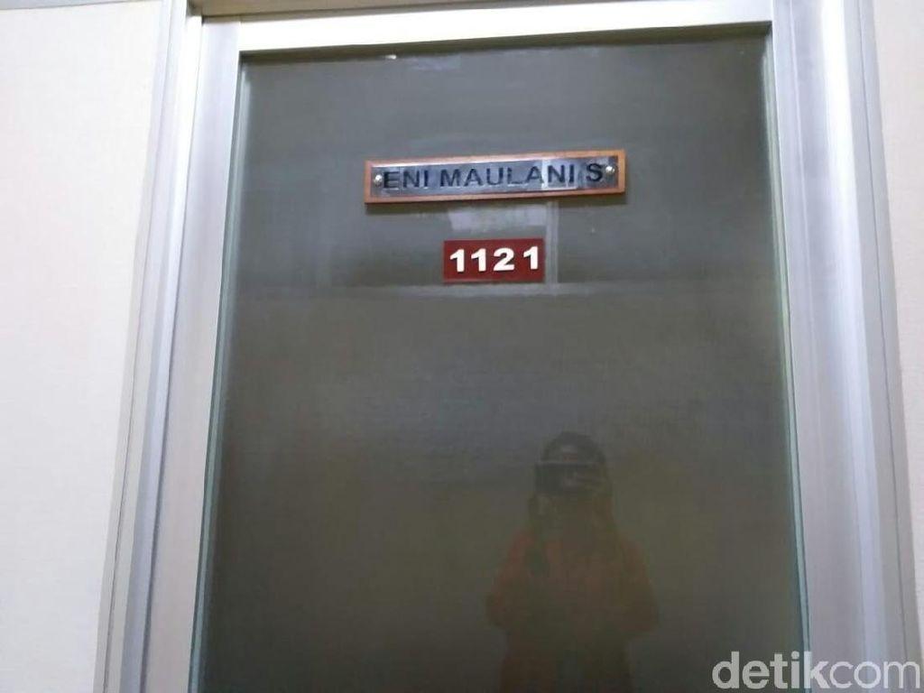KPK OTT Anggota DPR Eni Saragih, Ruang Kerjanya Terkunci