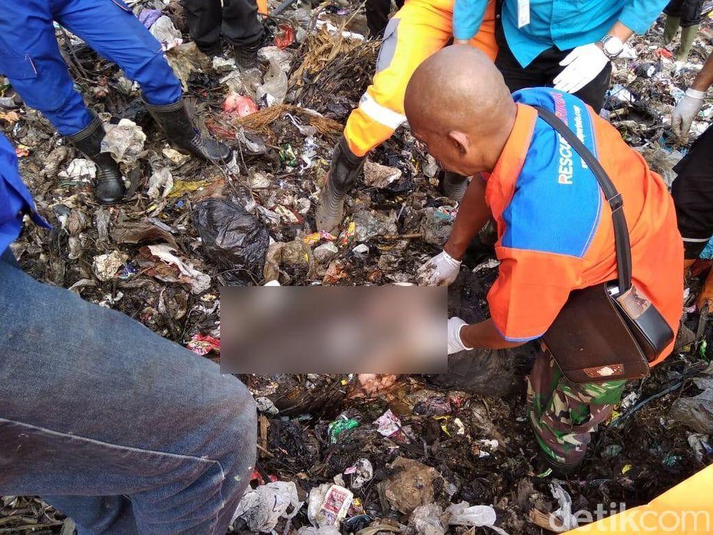 3 Hari Pencarian, Jasad Pemulung Tertimbun Sampah Ditemukan